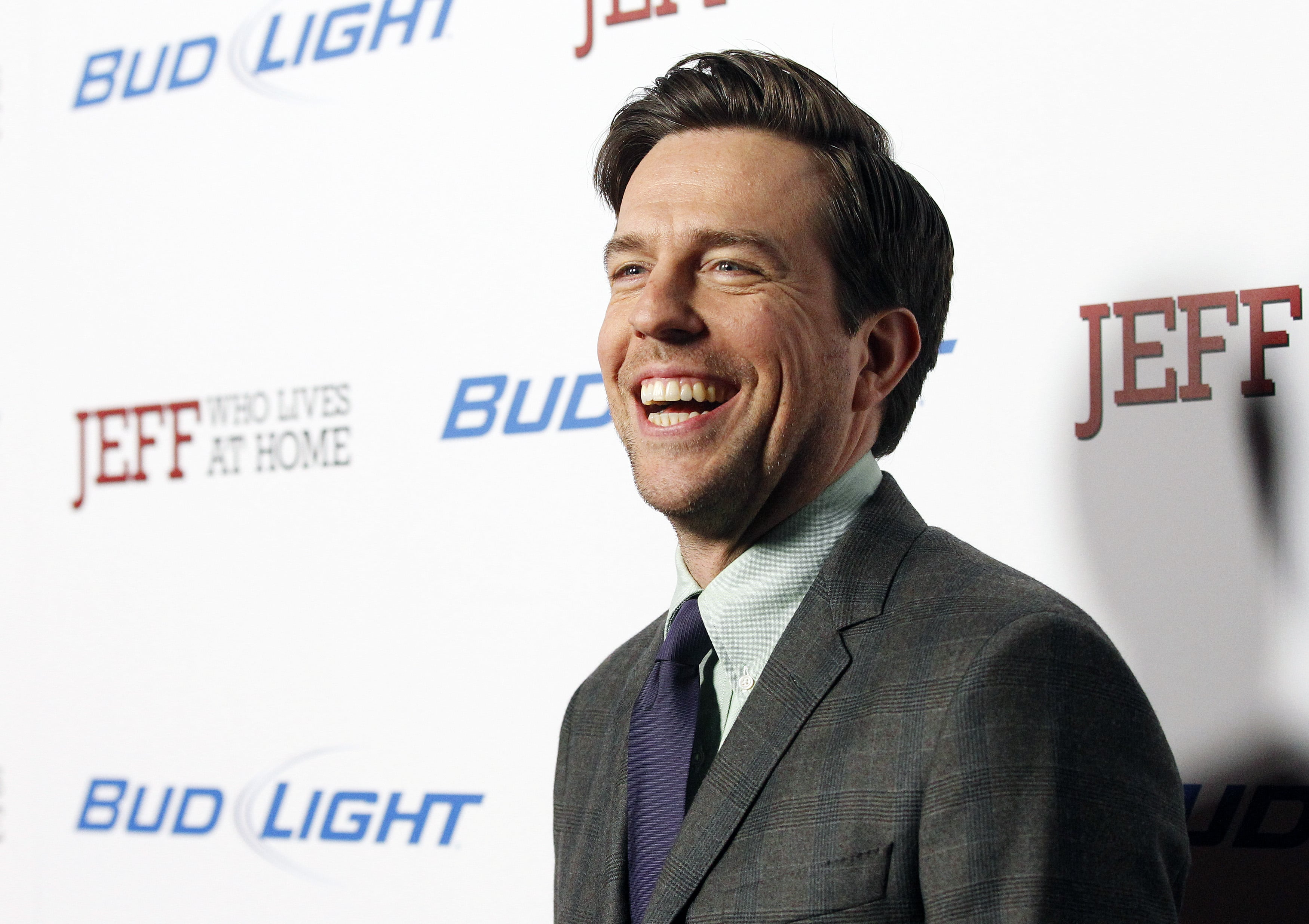 ed helms 4k widescreen desktop wallpaper 1517
