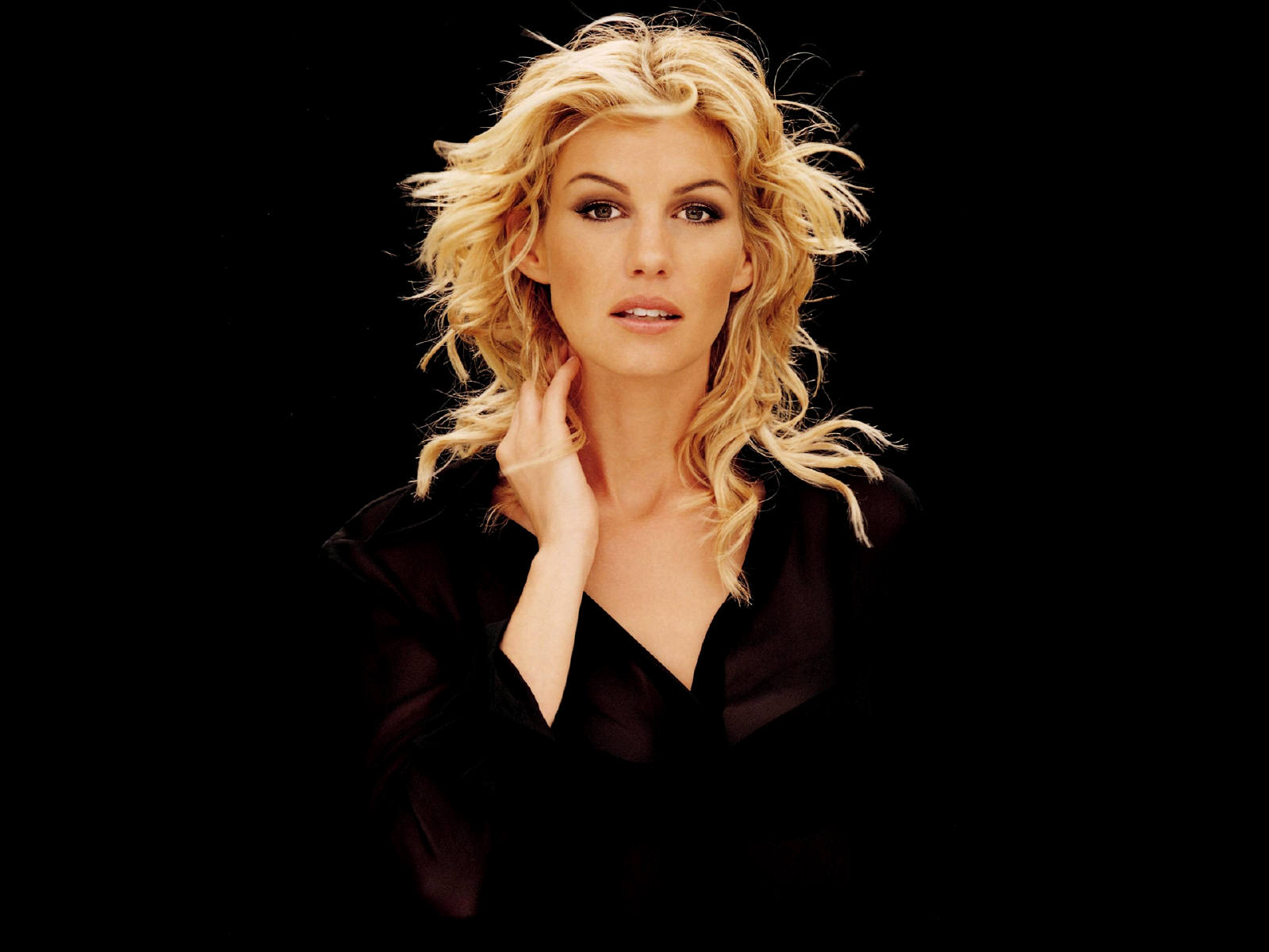 faith hill desktop background 1211