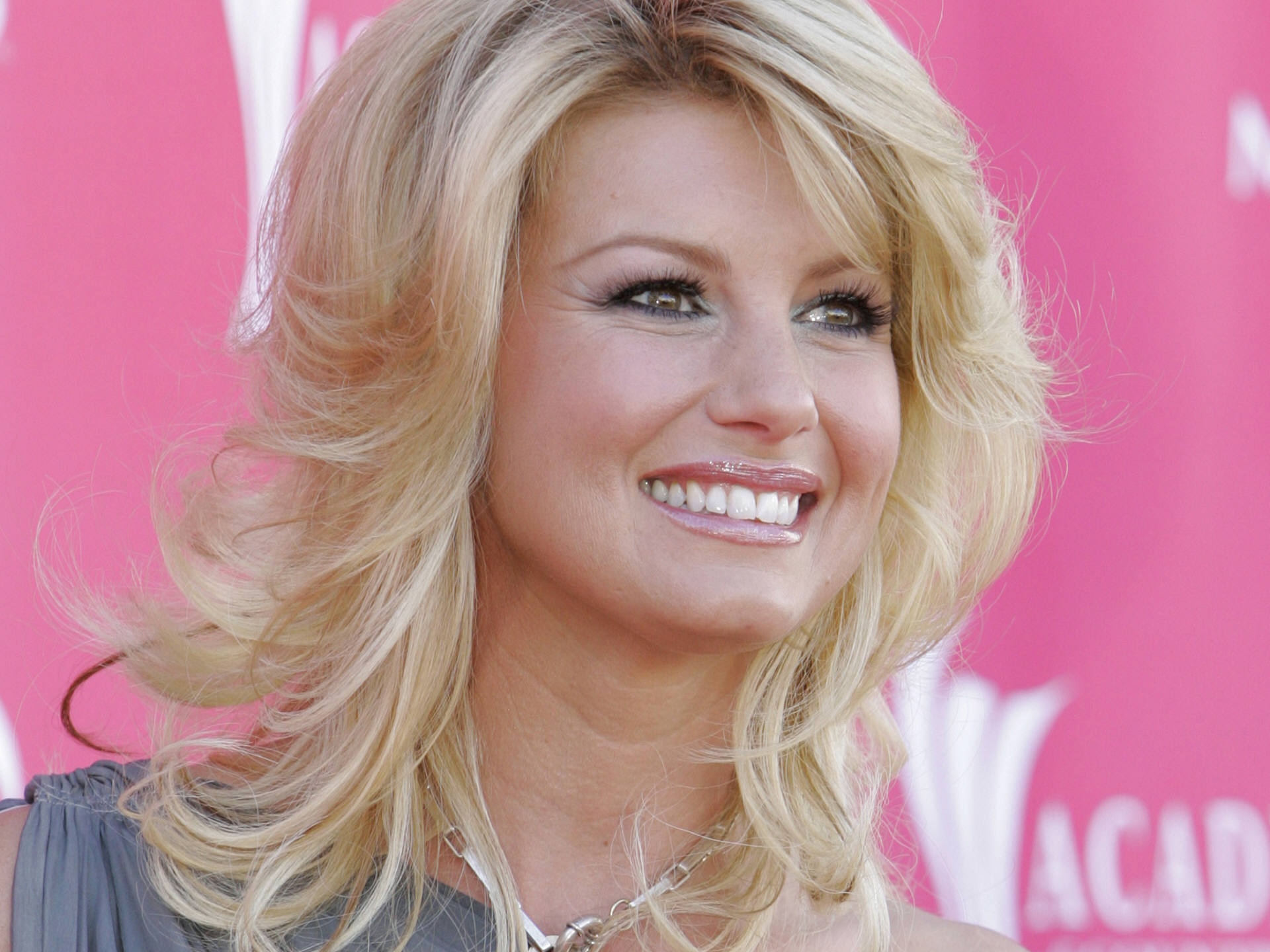 faith hill widescreen desktop wallpaper 1207
