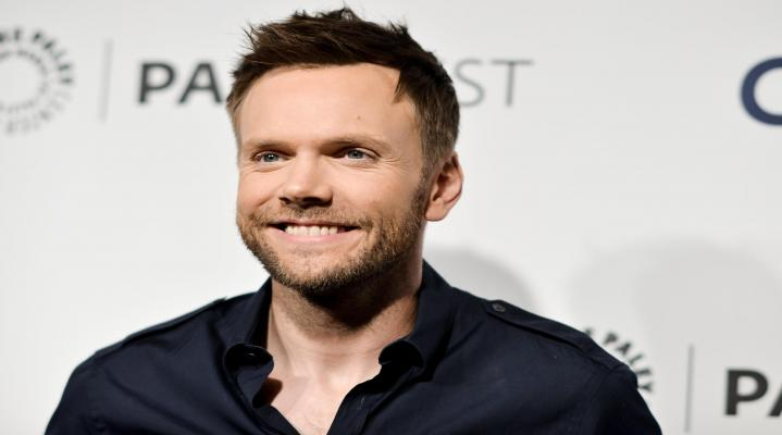 Joel McHale 4K Widescreen Desktop Wallpaper 1522