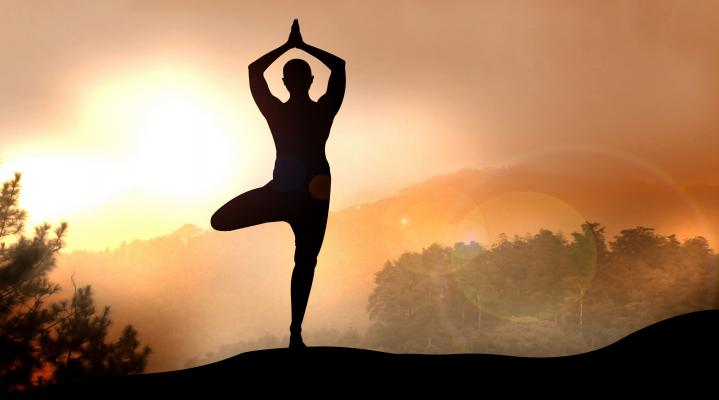 Mountain Yoga Desktop Wallpaper 944