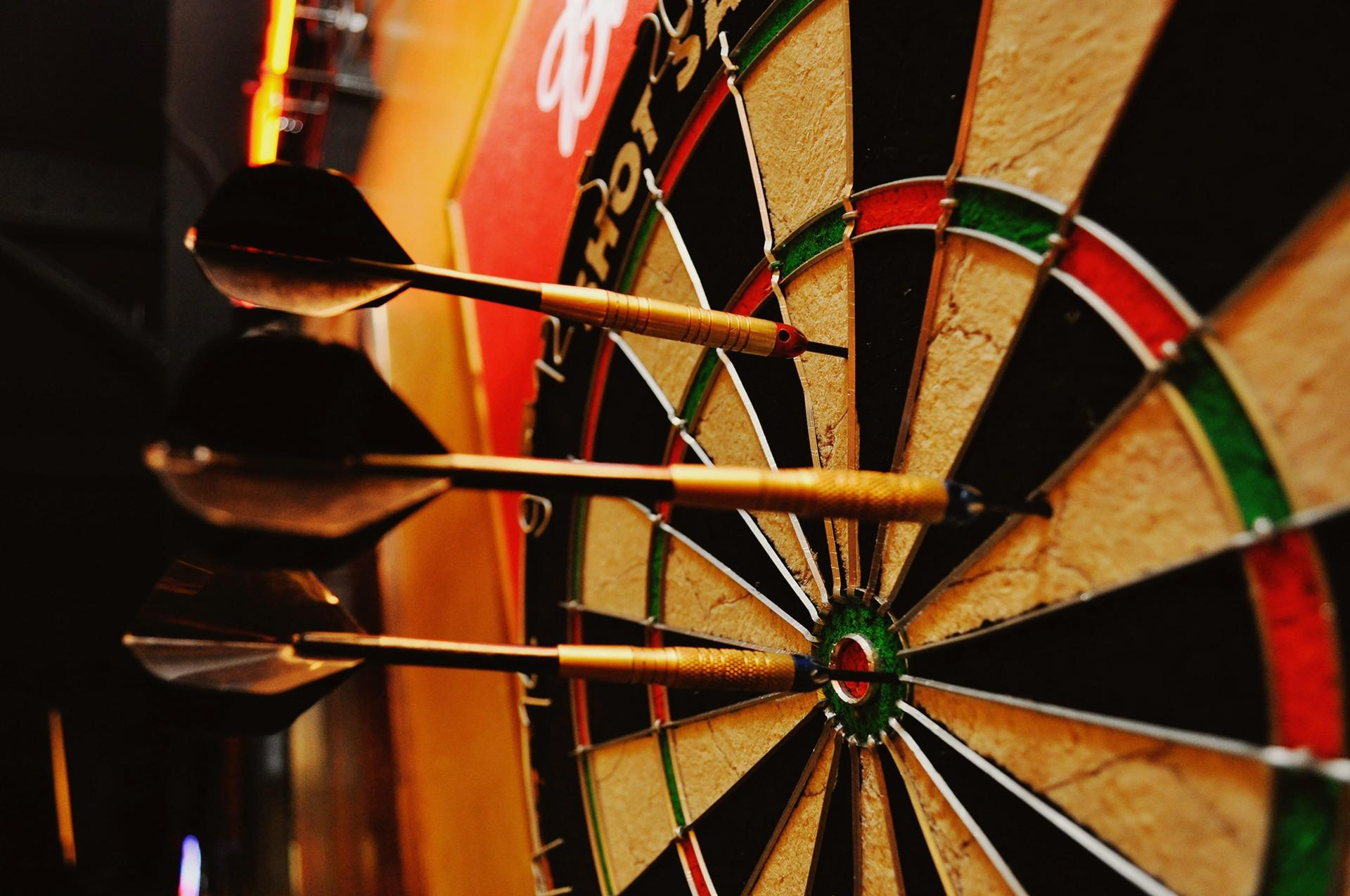 darts board game widescreen desktop wallpaper 1297