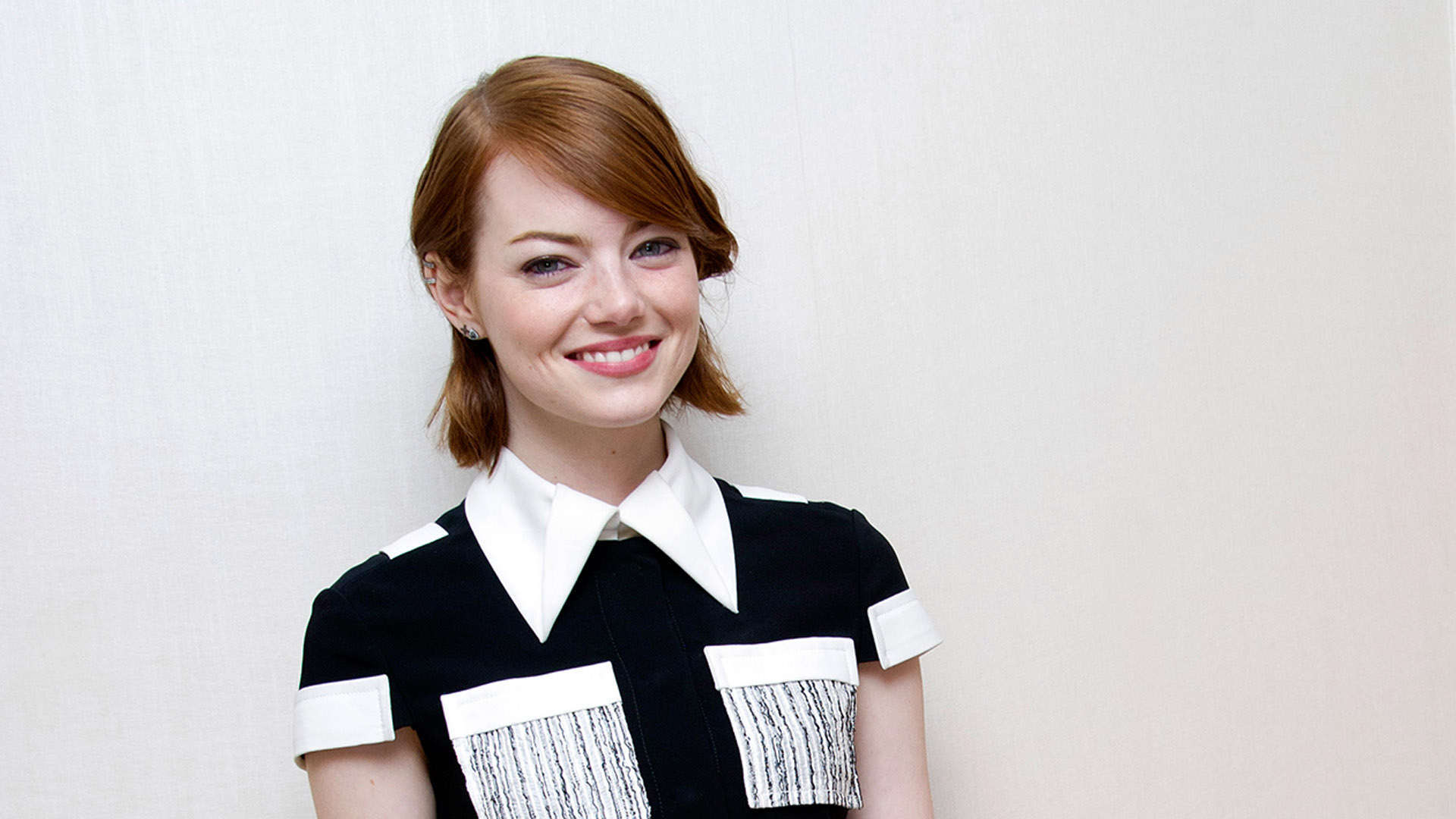 emma stone cute computer background 1390