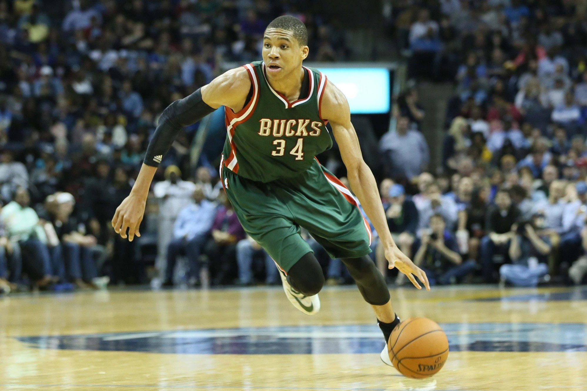 giannis antetokounmpo 4k widescreen wallpaper 583