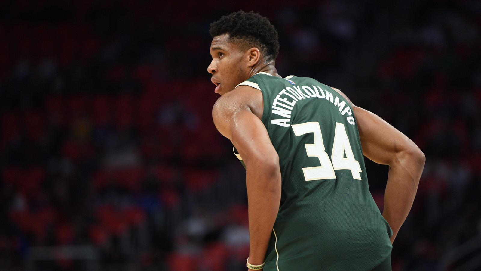 giannis antetokounmpo bucks desktop wallpaper 577