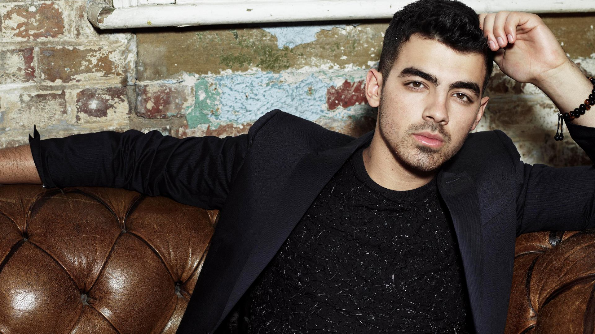 joe jonas widescreen desktop wallpaper 1365