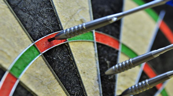 Dart Board Game 4K Widescreen Desktop Background 1308
