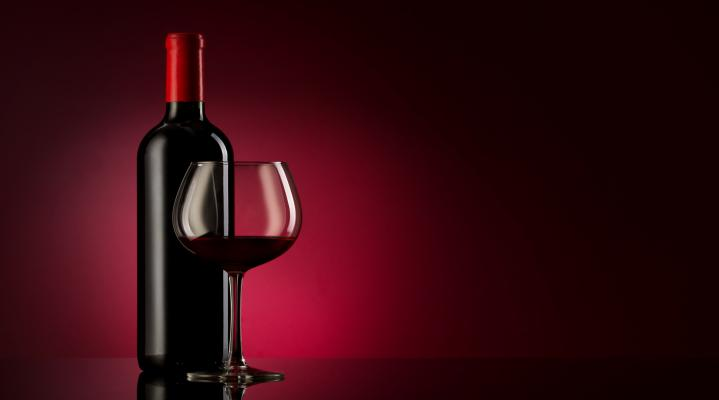 Red Wine Widescreen Desktop Wallpaper 528