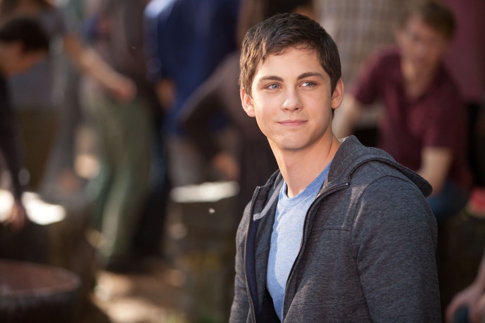 logan lerman wallpaper pictures 171