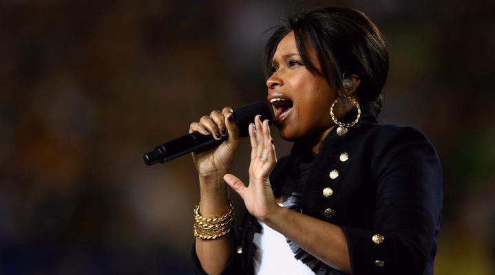 Jennifer Hudson Performing Wallpaper 163