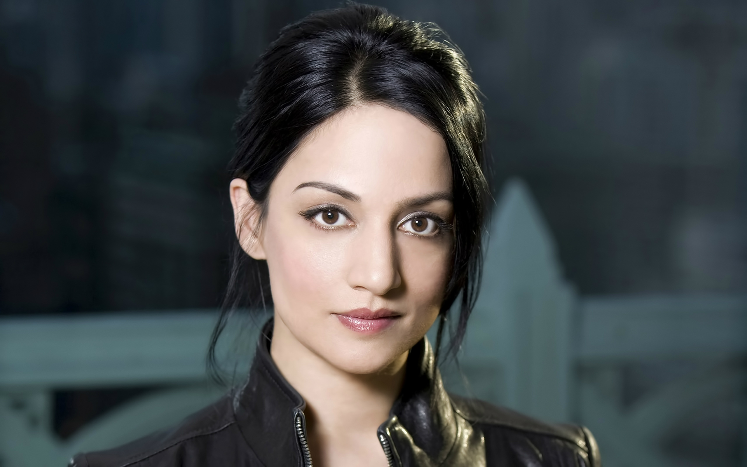 archie panjabi 4k widescreen desktop wallpaper 1131