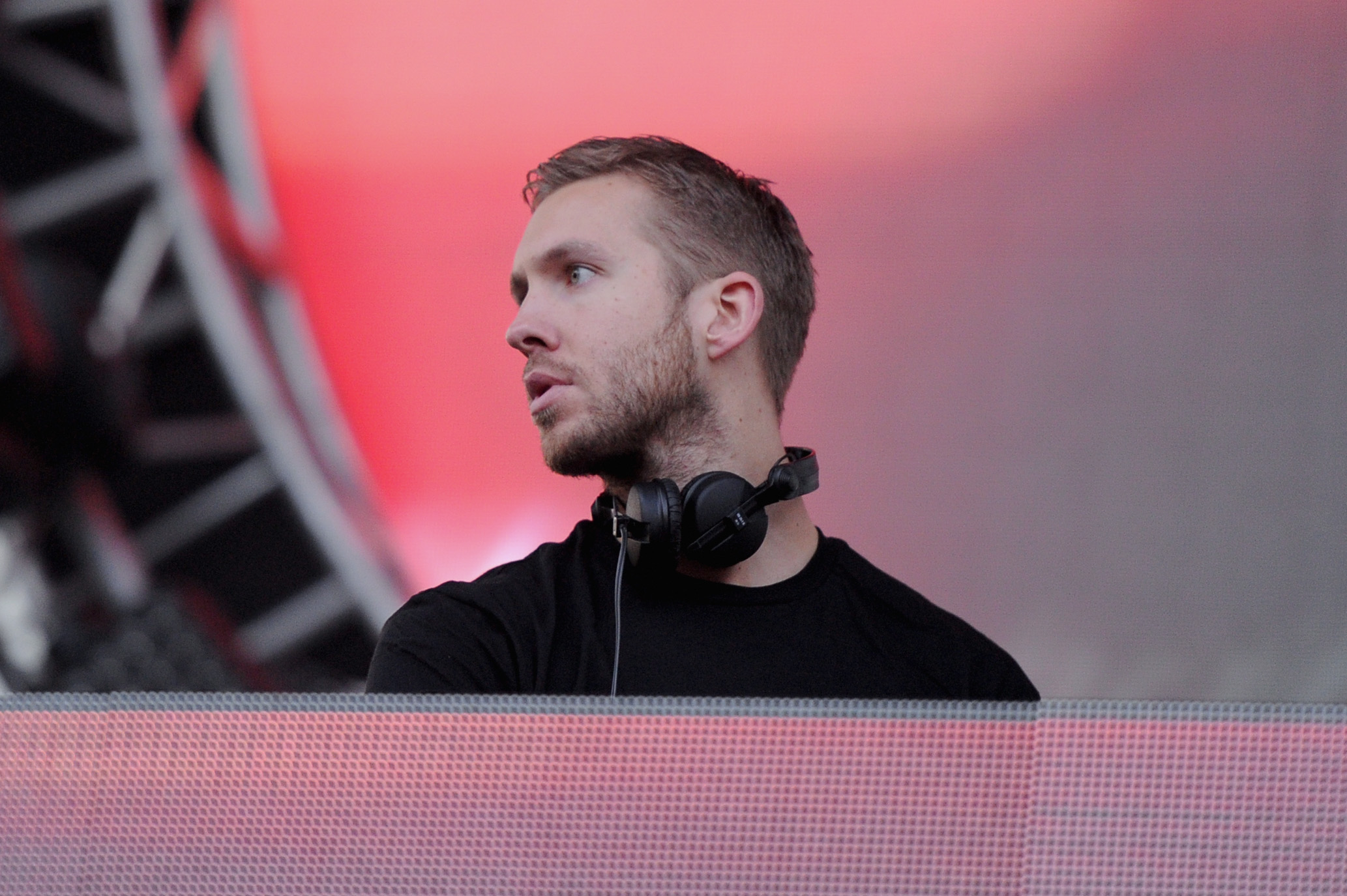 calvin harris widescreen computer background 1173