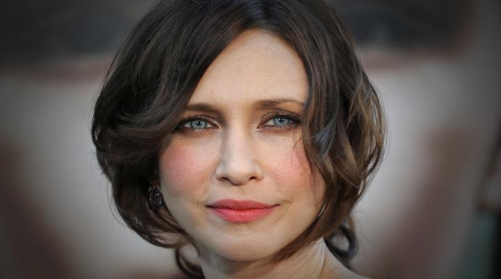 Vera Farmiga Face Desktop Wallpaper 380