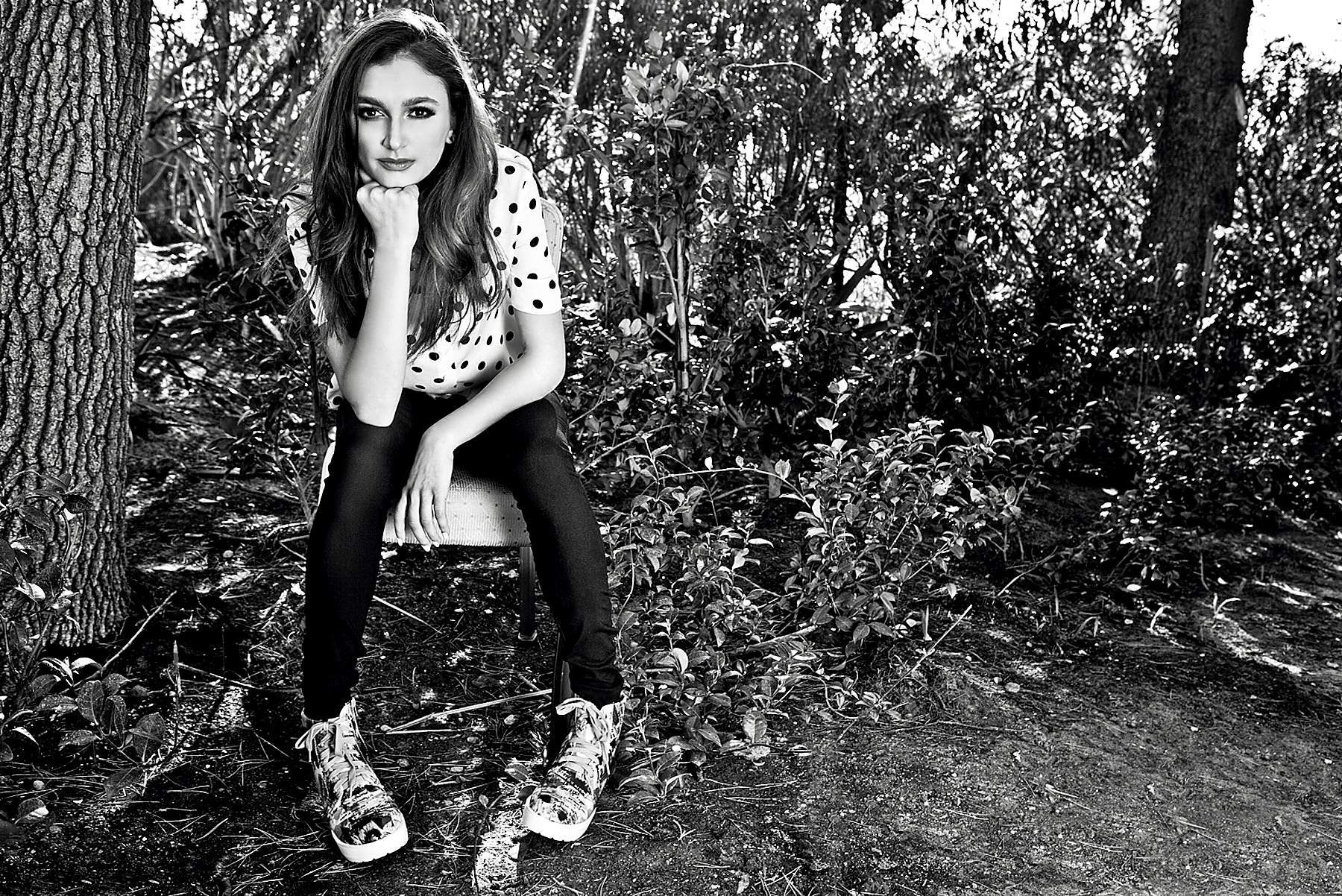 daya singer widescreen desktop wallpaper 1269