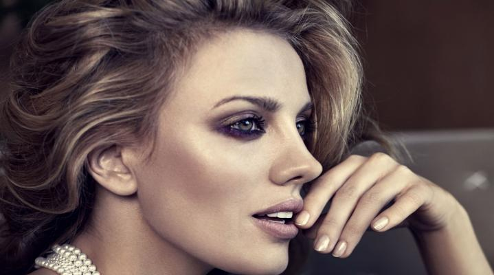 Bar Paly 4K Widesceen Desktop Wallpaper 1564