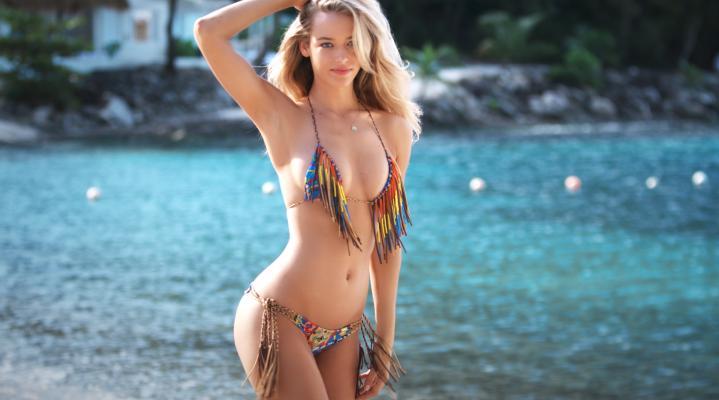 Rebecca Ferguson Bikini Desktop Wallpaper 725