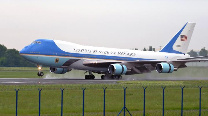 Air Force One Computer Wallpaper  289