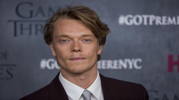 Alfie Allen 4K Widescreen Desktop Wallpaper 1086