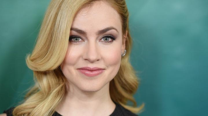 Amanda Schull Actress Desktop Wallpaper 1092