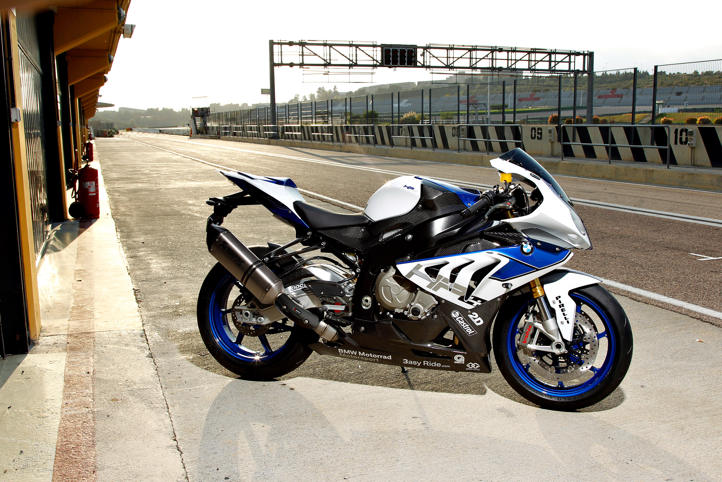 bmw hp4 4k widescreen desktop wallpaper 1006