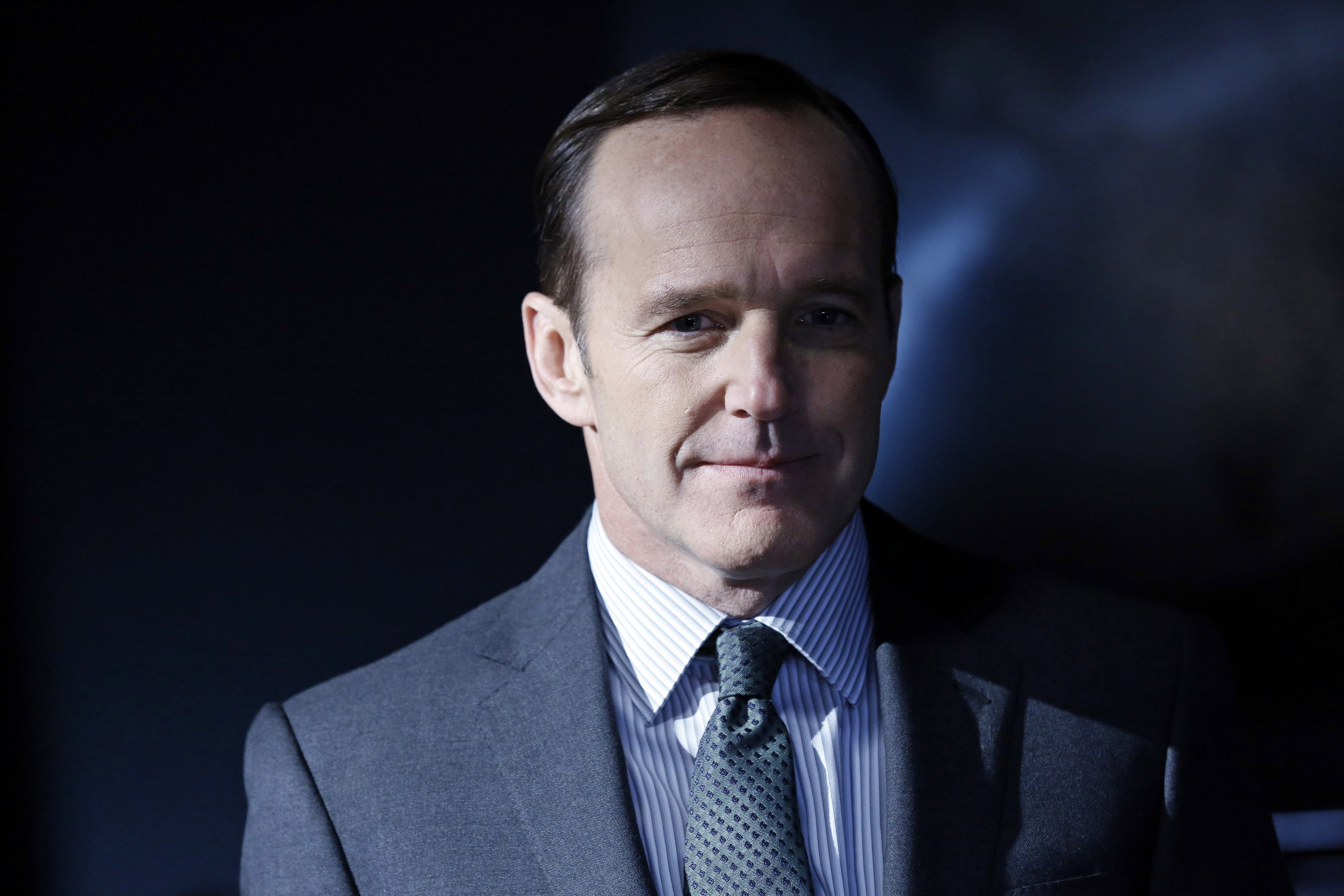 clark gregg 4k widescreen desktop wallpaper 1401