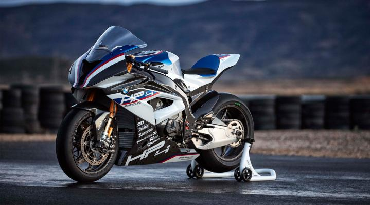 BMW HP4 White 4K Widescreen Desktop Wallpaper 1009