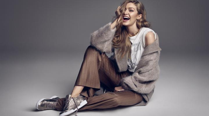 Gigi Hadid Smiling 4K Wallpaper Background 2281