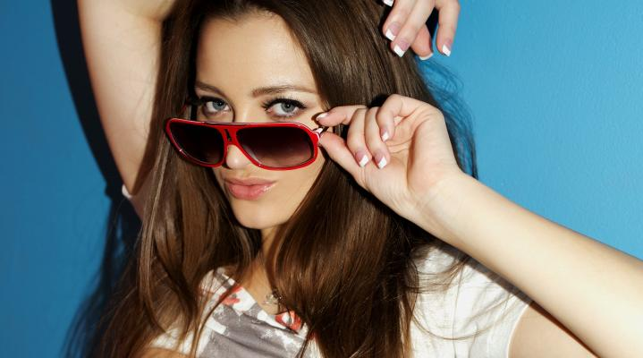 Dani Daniels Sunglasses 4K Wallpaper 1892