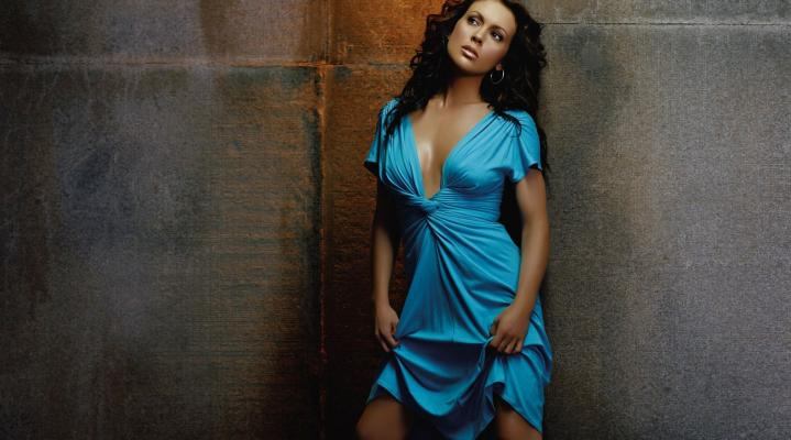 Alyssa Milano HD 1616