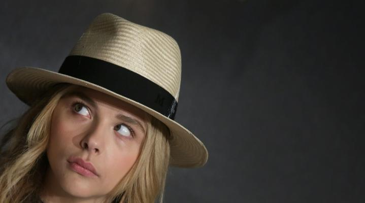 Chloe Grace Moretz Fedora 4K Wallpaper 1782