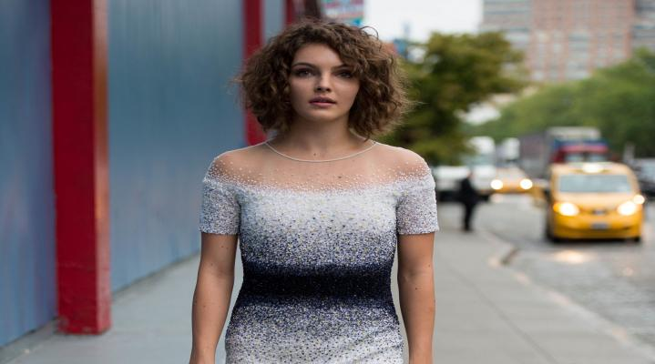 Carmen Bicondova HD Wallpaper 1870