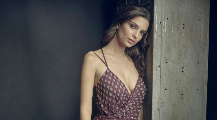 Emily Ratajkowski Beautiful HD Wallpaper 1971