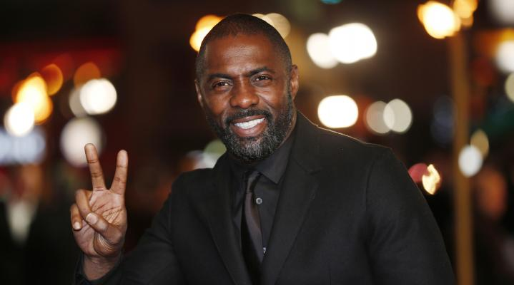 Idris Elba Peace Sign 4K Wallpaper 2411