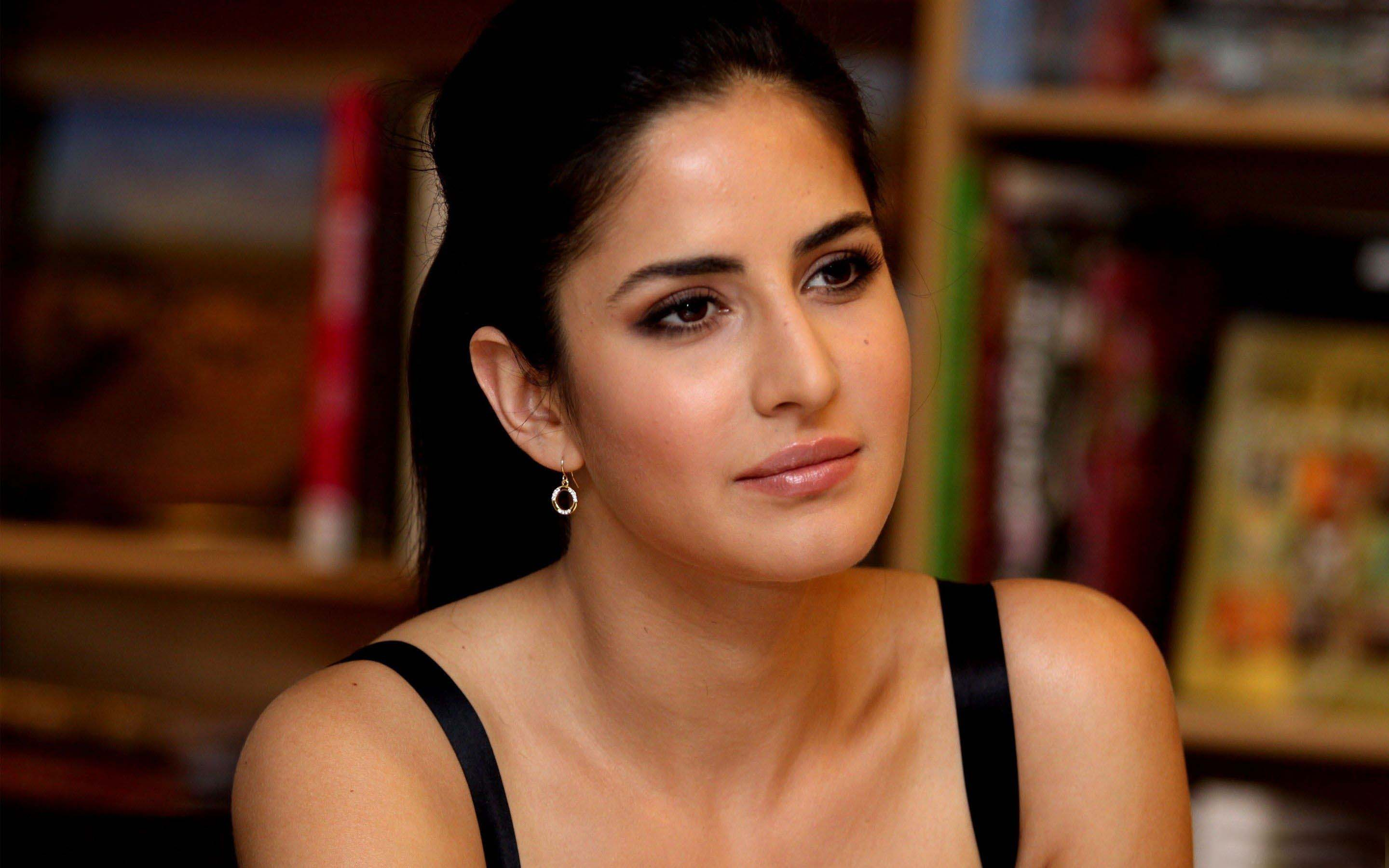 katrina kaif beautiful bollywood actress hd wallpaper 2540