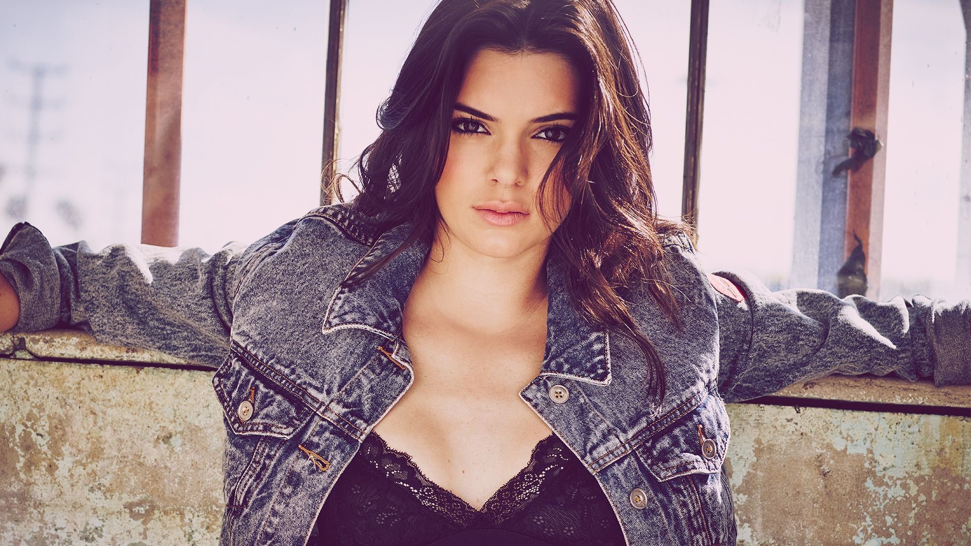 kendall jenner hot hd wallpaper 2567